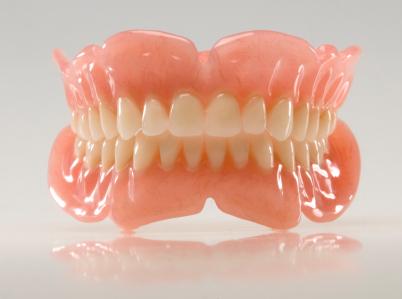 Totalprothese in der Zahnklinik Ungarn