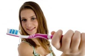 Zahnbürste in der Zahnarztpraxis Ungarn, Mosonmagyaróvár